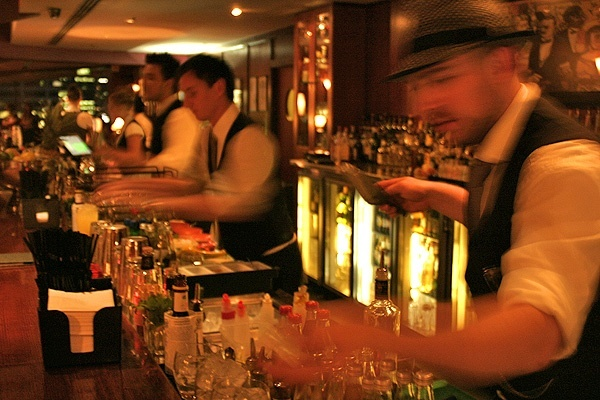 Can someone give me a brief history of bartending?
